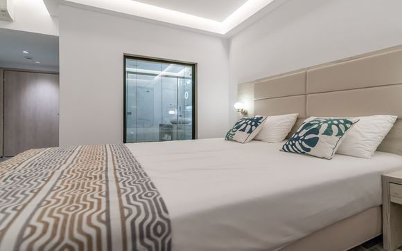 Mandala Seafront Private Suites - Adults Only