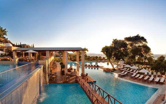 Hotel Amathus Beach 5*