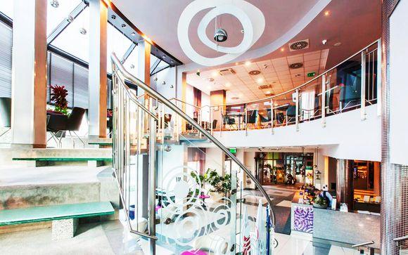 Galaxy Hotel 4*