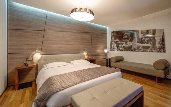 Berg Luxury Hotel 4*S