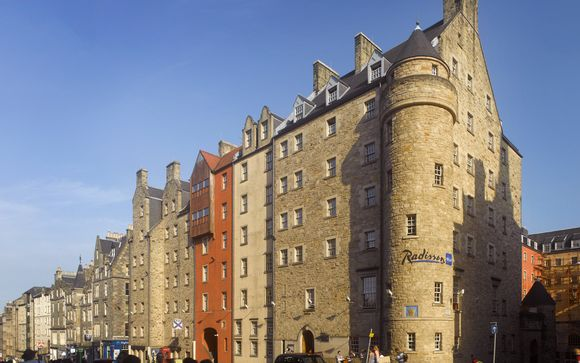 L'Hotel Radisson Blu Edinburgh 4*