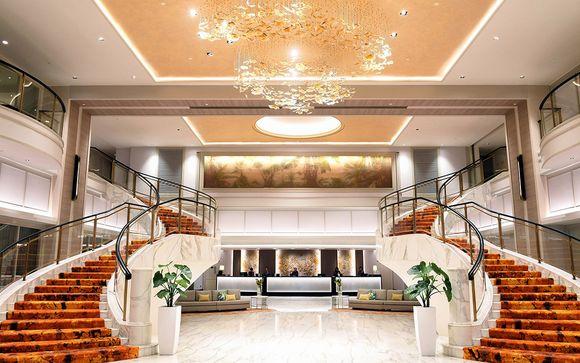 Hotel Royal Plaza on Scotts 5*
