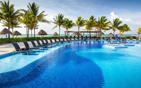 Luxor Hotel and Casino 3* & BlueBay Grand Esmeralda Cancun 5*