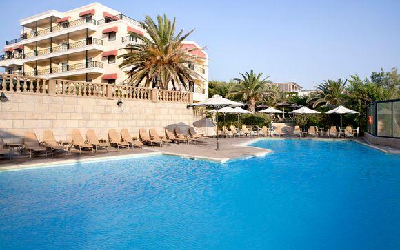 Outstanding Hotel offering Idyllic Sea Views