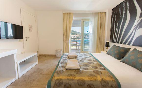 Mini Saray Hotel 4*