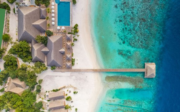 Kudafushi Resort & Spa 5*