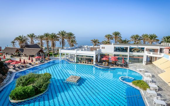 Radisson Blu Beach Resort 5*
