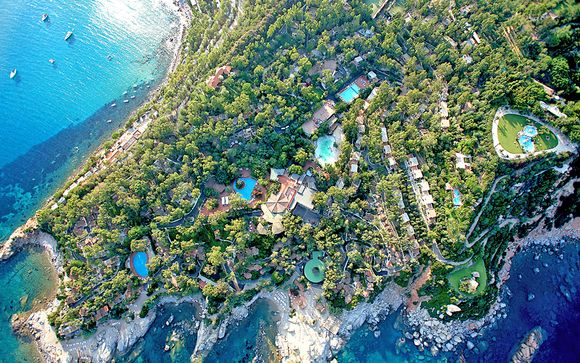Extensive Resort in a Beautiful Island Location