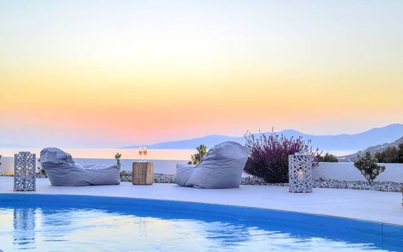 Opulent Suites and Villas Nearby St. Stefanos Beach
