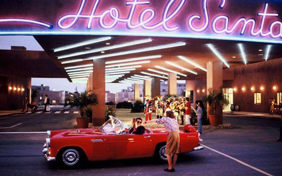 Disney's Hotel Santa Fe** - Disneyland® Paris - France