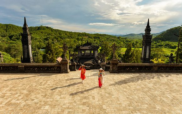 Discover the Captivating Culture of Vietnam in Style