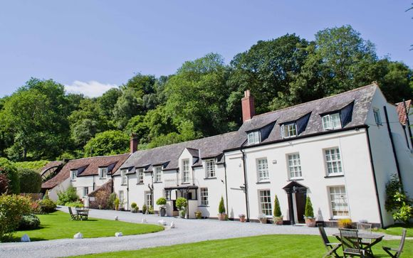 Combe House Hotel 4*
