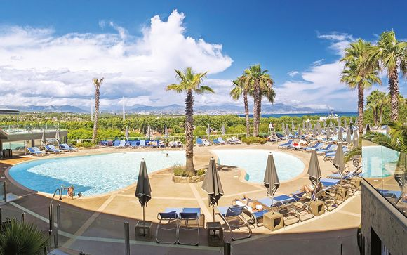 Hotel Baie des Anges 4*
