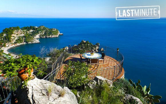 Romance and Luxury in Taormina