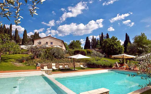 Romantic Escape to a Traditional Tuscan Hamlet