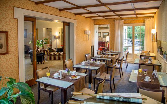 Panama Garden Hotel 4*