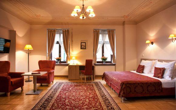 Hotel Santi 4*