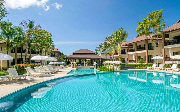 Tropical Beach Hotel Escape