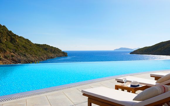 Spectacular Sea Views and Private Pools