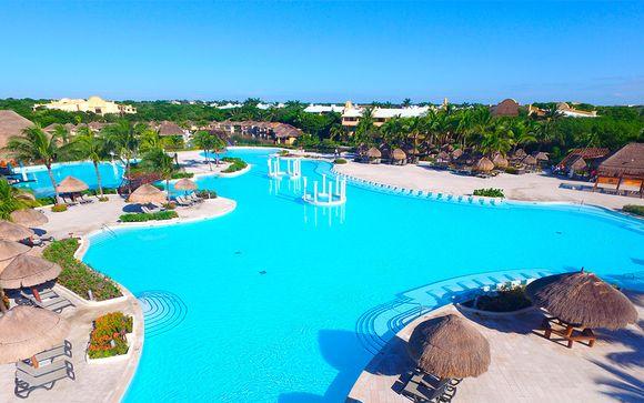 Grand Palladium White Sand Resort 5*