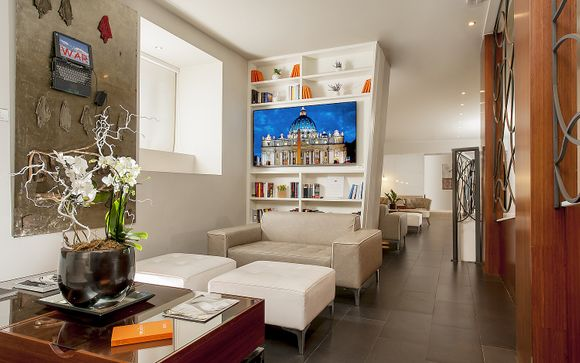Metropolis Hotel Chateaux & Hotels Collection 4*