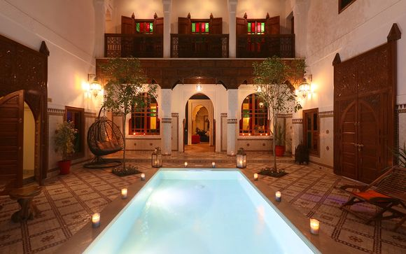 Traditional Moroccan Escape with Rooftop Medina Views