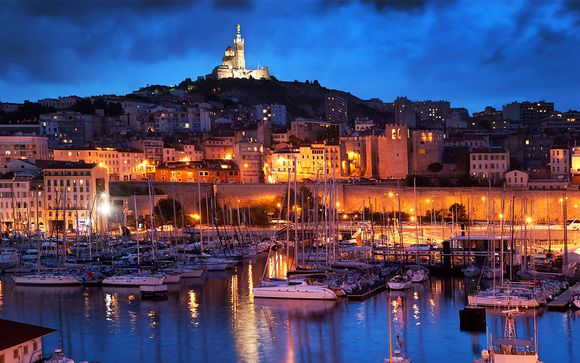 Radisson Blu Marseille Vieux Port 4*