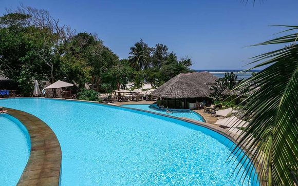 Baobab Beach Resort 4* & Safari