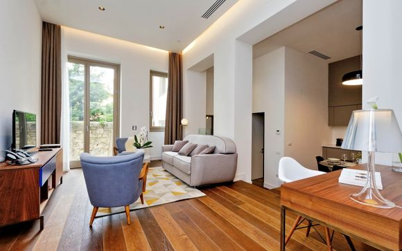 M7 Contemporary Apartments