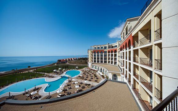 All Inclusive 5* con golf, spa e vista sul Mar Nero
