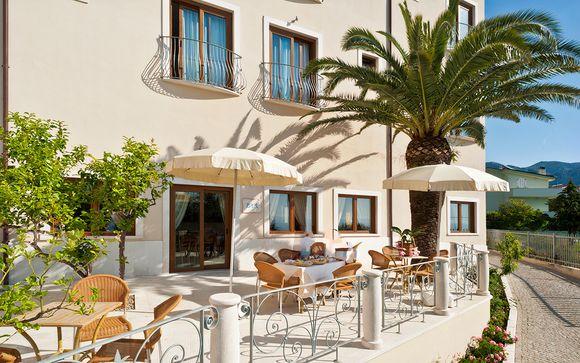 Hotel 4* con piscina e solarium