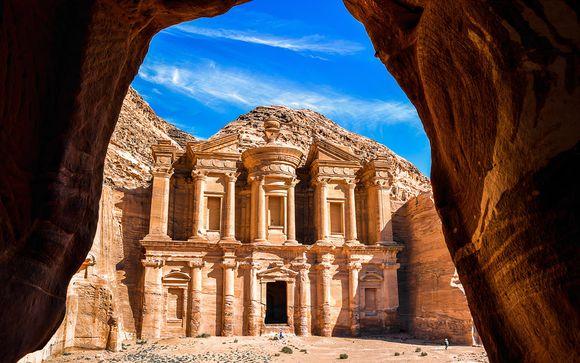 Alla scoperta delle antiche meraviglie tra deserti e paesaggi spaziali