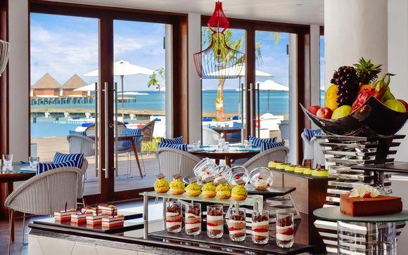 Mercure Maldives Kooddoo Resort 4*