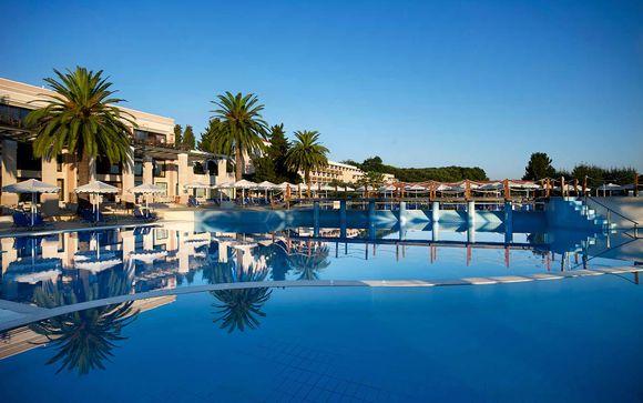 Roda Beach Resort & Spa 5*