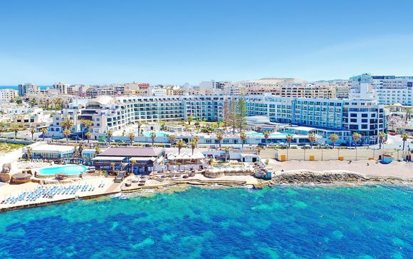 Poussez les portes de l'hôtel Dolmen Resort Hotel 4*