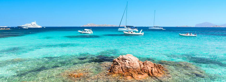 Prenota un weekend in Costa Smeralda e scopri le sue meraviglie
